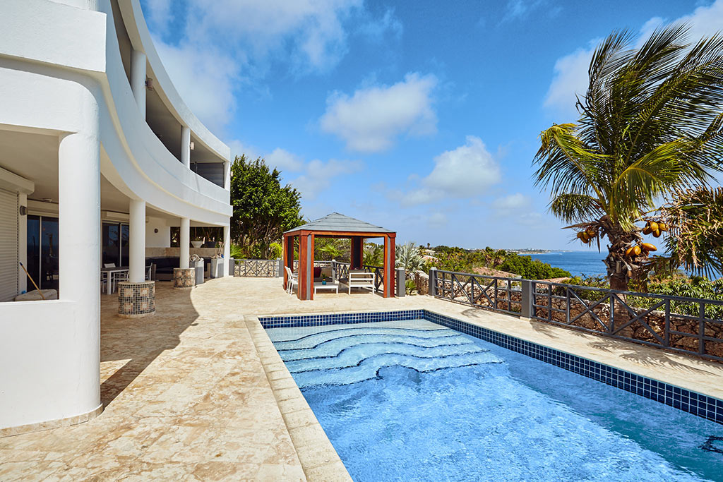pool and ocean view villa joya
