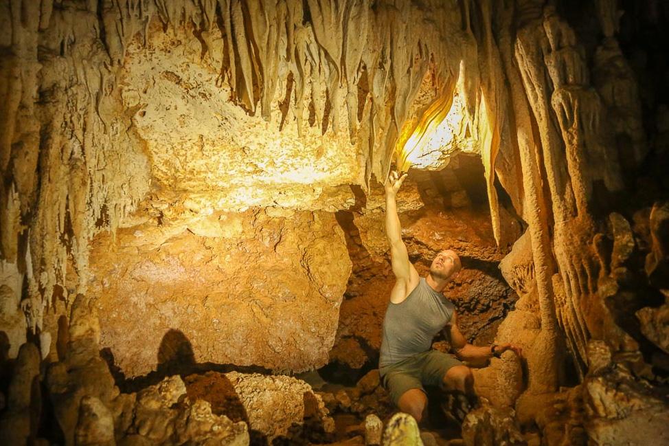 Bonaire caves